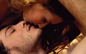 passion_love_kiss_lips_8019_1920x1200