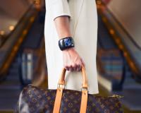 Sedam stvari koje uspešna žena uvek nosi u torbi