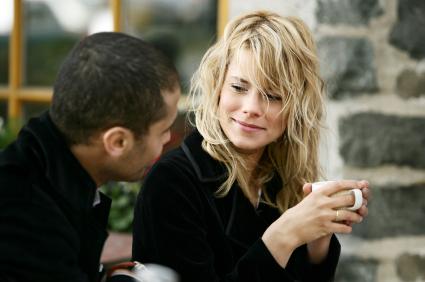 couple-talking-saidaonline1