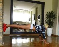 Savršene noge i zadnjica, bez rekvizita! – Diana Morić