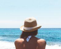 5 lakih načina da zaštitite kosu i kožu ovog leta