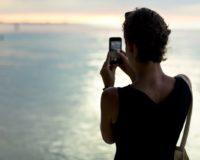 Kako nas društvene mreže sprečavaju da uživamo u trenutku