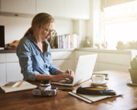 Ovo su 3 biznis ideje za sve mame koje imaju višak slobodnog vremena kod kuće!