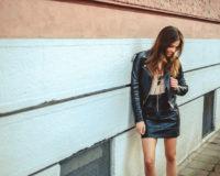 Kožne suknje su vodeći modni trend ove jeseni – a ove modele možete pronaći u svojim omiljenim radnjama!