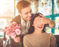 Pitanje dana: Šta pokloniti voljenoj ženi za 8. mart?