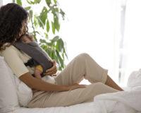 Ergobaby Embrace – sve što vam treba za pravilno i udobno nošenje novorođenčeta!