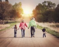Kako da vaša deca budu srećna u ovom ludom svetu